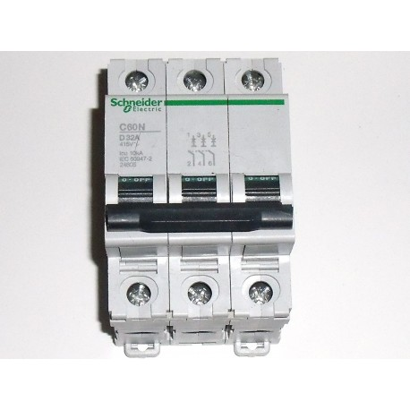 SCHNEIDER Multi 9 C60N 32 A